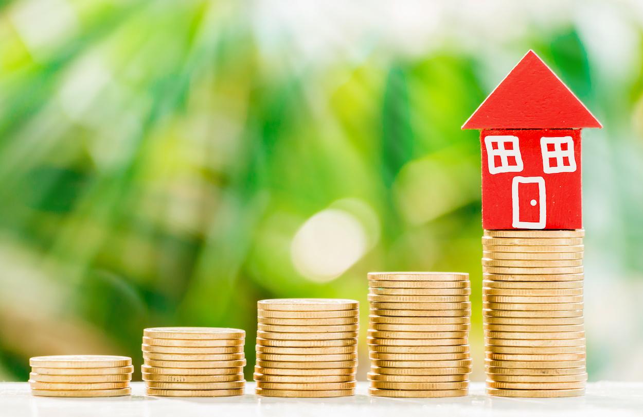 2019 Jumbo Loan Amounts Increase, Shown in Coin Stacks